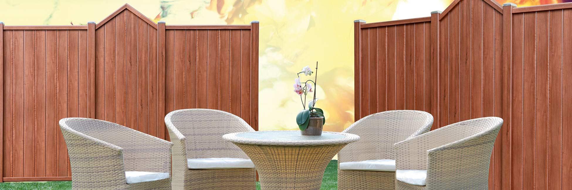 Bild von Sichtschutzelemente aus Kunststoff - Holzdekor