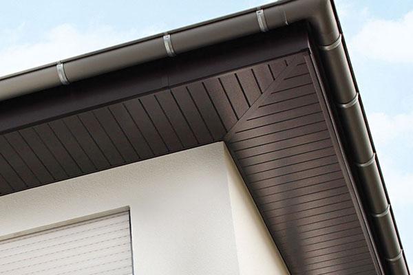 Fassadenverkleidung aus Kunststoffprofilen